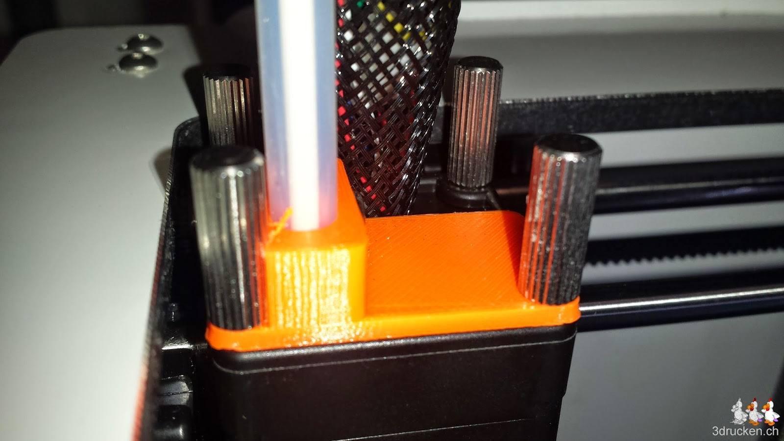 Foto des neu montierten Bowden Tube Halters am Druckkopf des Ultimaker 2