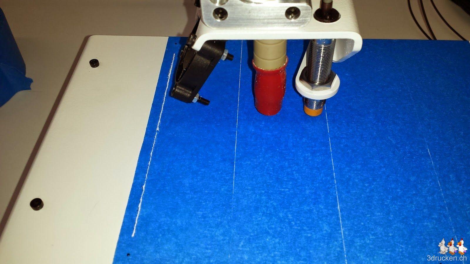 Foto des zerkratzten Klebebandes und Drucktischs am Printrbot Simple Metal