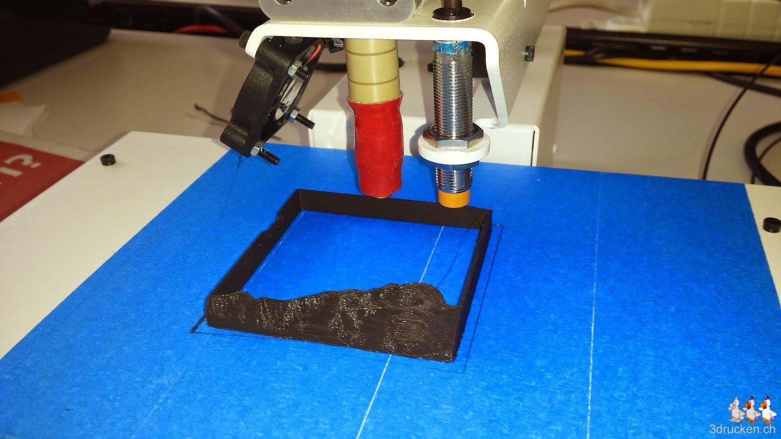 Foto während des Drucks mit geänderter Ausrichtung des Druckkopfs am Printrbot Simple Metal