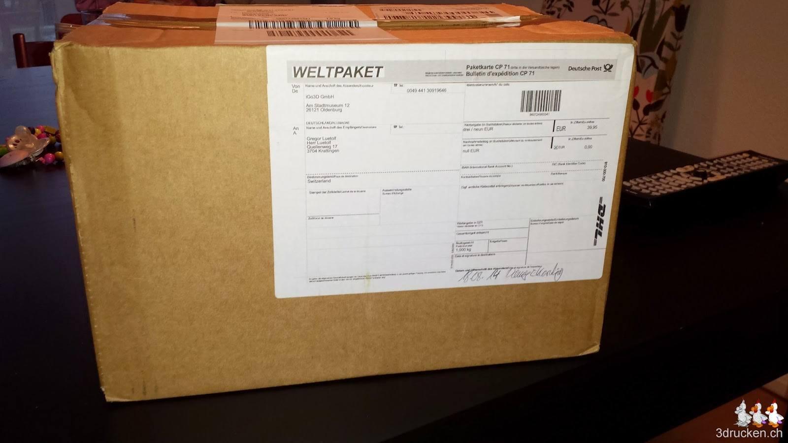 Foto der Schachtel in der das Verbatim PLA Druckmaterial bei uns ankam