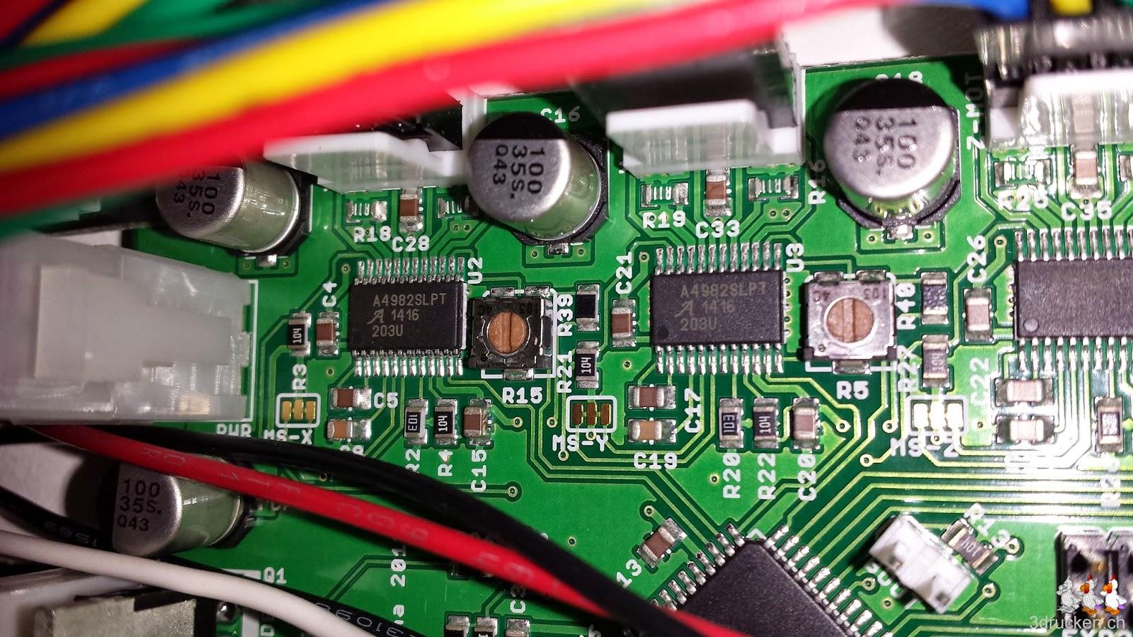 Foto der Sektion für die Motorsteuerung auf dem Board des Printrbot Simple Metal in Detailaufnahme