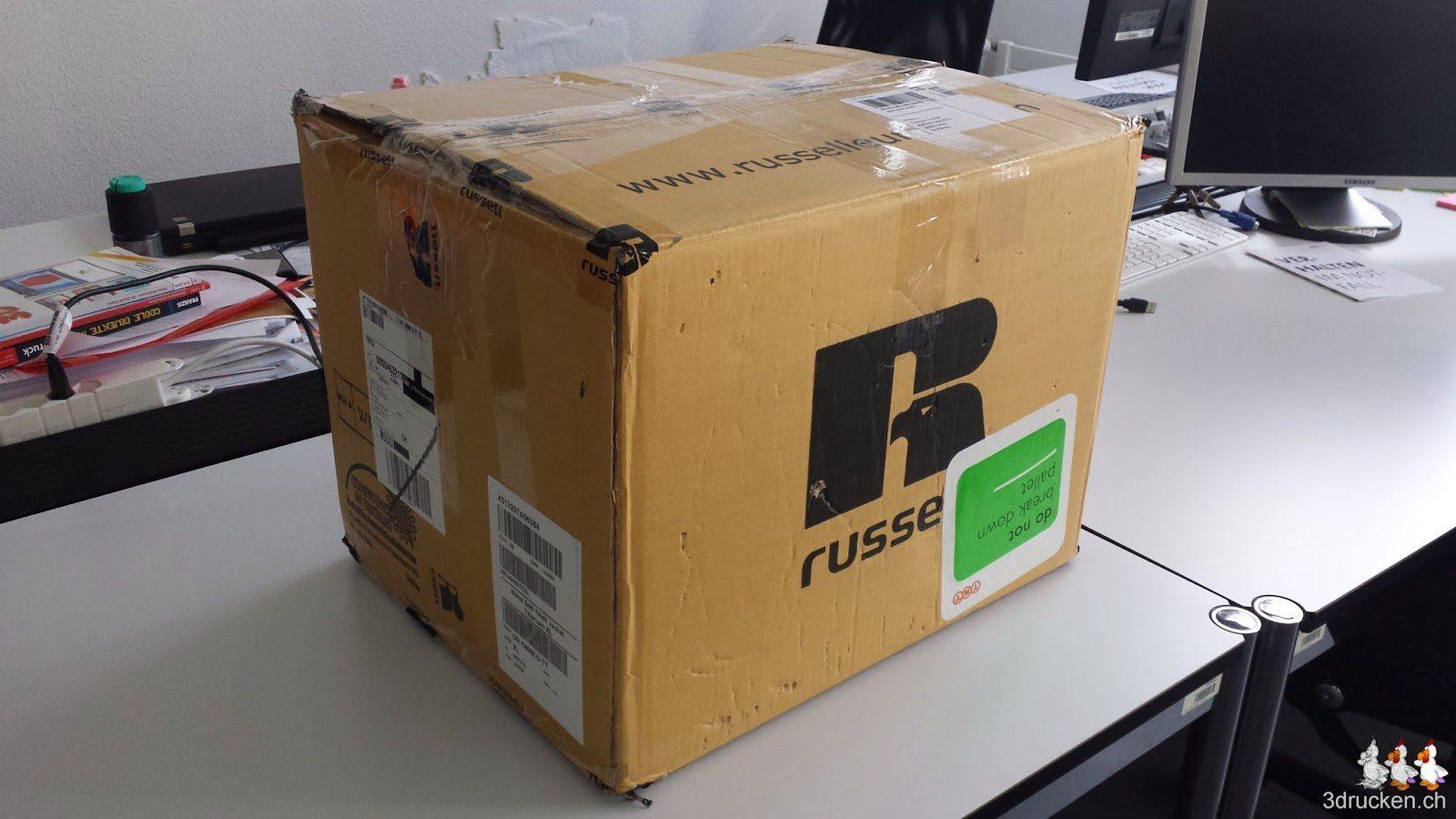 Foto der Kiste in welcher der NEO bei uns ankam