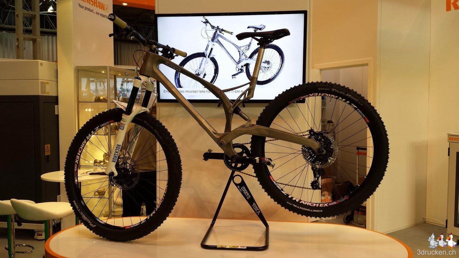 Foto eines komplett gedruckten Fahrradrahmens auf der TCT Show 2014 in Birmingham