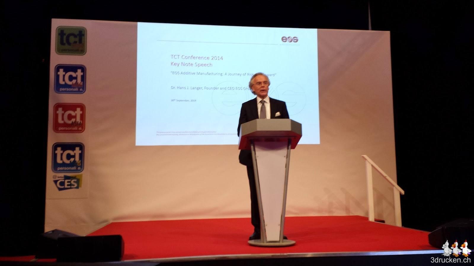 Foto von Dr. Hans Langer bei seiner Präsentation an der TCT Show 2014 in Birmingham