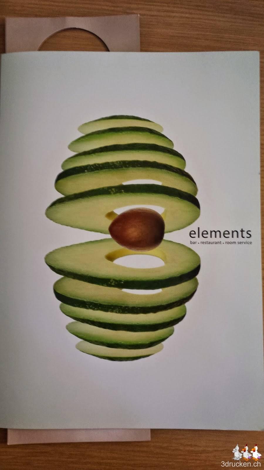Foto der Speisekarte unseres Hotels mit dem Bild einer geslicter Avocado vorn drauf