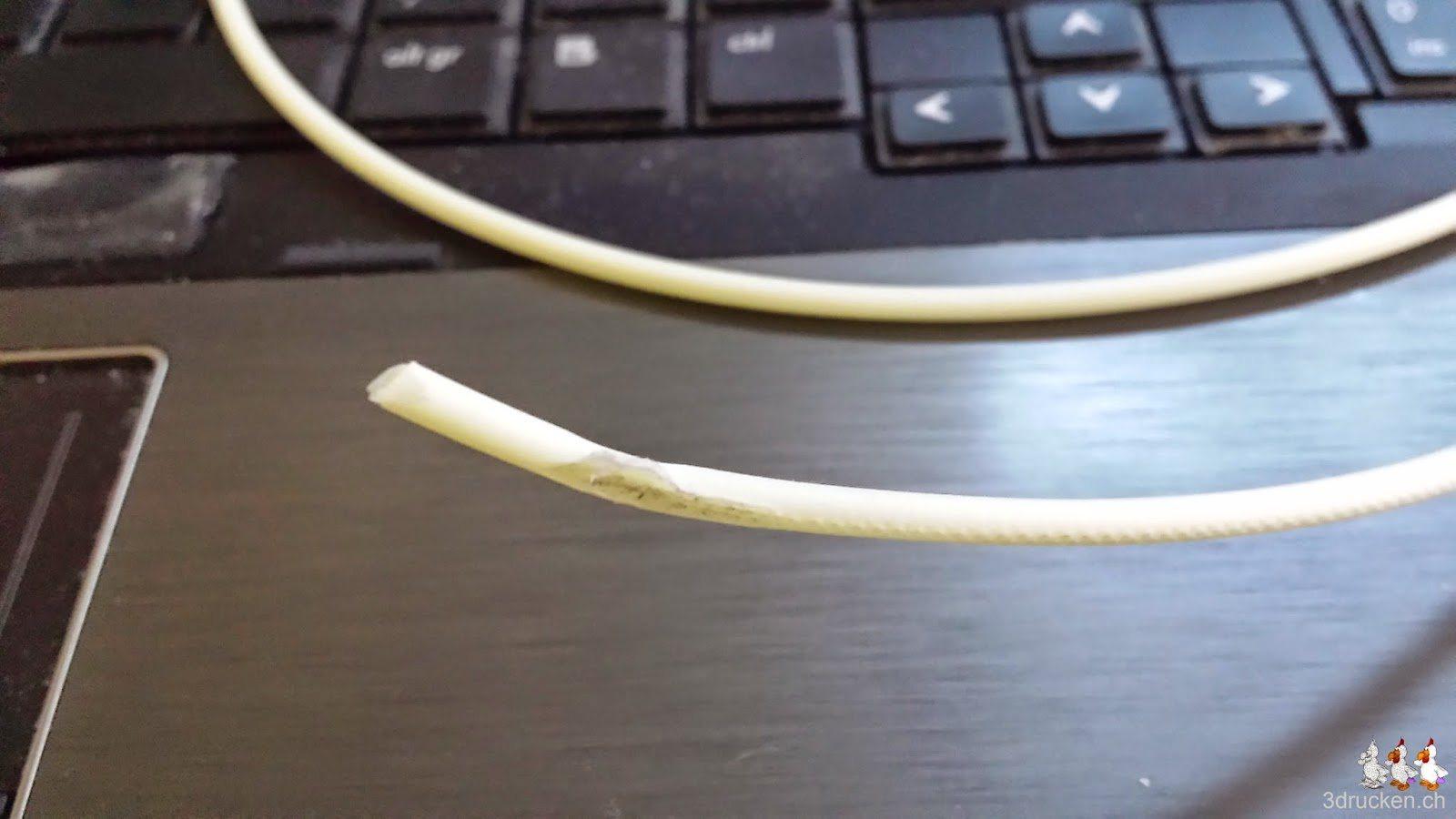 Foto des gequetschten und zerfressenen Filaments