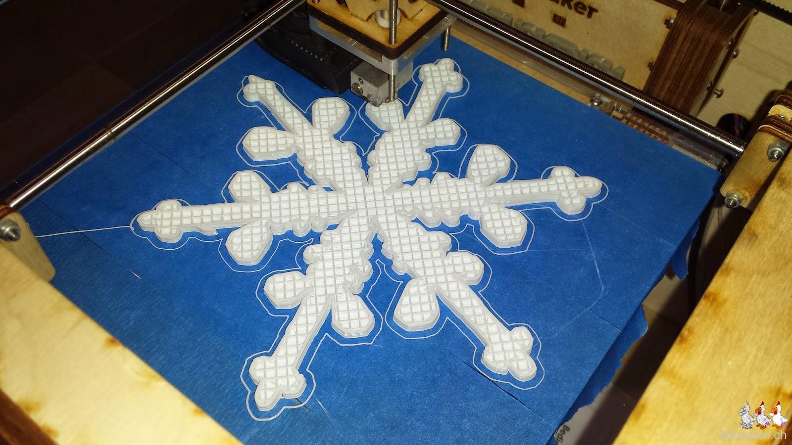 3D gedruckter Dendritischer Stern während des Drucks