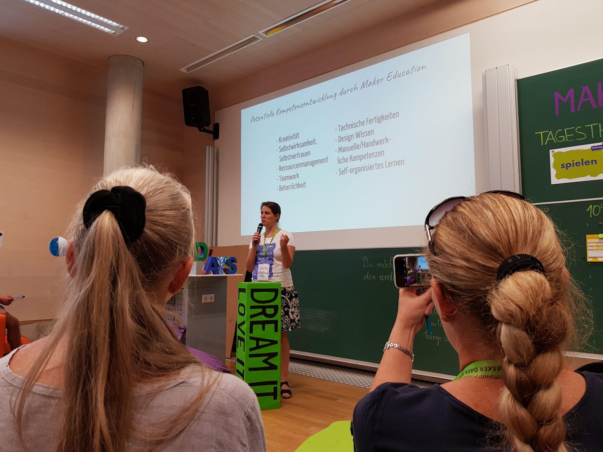 Sandra Schön zu Potentieller Kompetenzentwicklung durch Maker Education.
